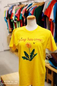 春のディスプレイTシャツ