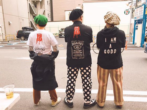周年記念をかっこよく!! 日本酒とビオワイン 立呑 奢酌楽